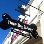 Three Dog Bakery – Sherman Oaks